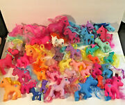 Big Lot Of 43 Assorted Color And Sizes Of Pony And Horse Hair Combing Toy Figures