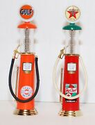 Gearbox Wayne Gulf And Texaco Sky Chief Limited Edition Diecast Gas Pumps