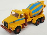 Wiking New Ho 1/87 Volvo N10 Three-axle Cement Mixer Truck In Yellow And Blue
