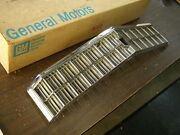 Nos Oem 1975 Chevrolet Monte Carlo Grille Gm Chevy