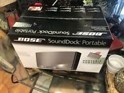 Brand New Bose Sounddock Portable 4 Iphone 4/4s Bose Sound For Outdoor Or Indoor
