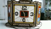 Heilemansand039s Old Style Beer 1983 Clock 0112008