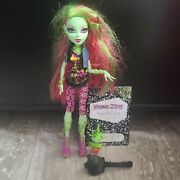 Monster High Venus Mcflytrap Wave 1 Pet Plant Chewlian With Booklet Full Outfit
