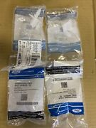 Genuine Ford Bumper Cover Retainer 3m8z-16k262-c Quantity Is 4 Clips In Lot