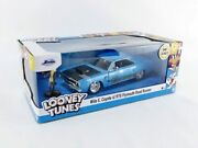 Jada 1/24 Scale Looney Tunes Wile E. Coyote Figure And 1970 Plymouth Road Runner