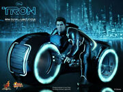 Hot Toys Sam Fynn W/ Light Cycle Mms142 Tron Legacy 1/6 Figure New Sealed Mailer