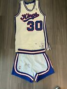 Kenny Smith Game Used Worn Sacramento Kings Jersey Shorts Rockets Signed Tnt