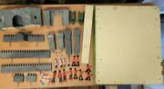 Vintage Triang Fort W/soldiers - Circa 1940s Wood Texture Tri-ang Toys England