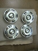 Hubcaps--center Caps Ford D7ta-1130-ba 1970and039s F-series Bronco 10 3/4 Used