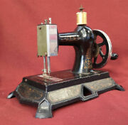 Nice Old Toy Sewing Machine Manduumlller Cast Iron With Box Excellent