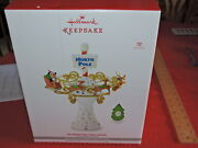 Hallmark Disney Oh What Fun Mickey Mouse North Pole Tree Topper New Never Used