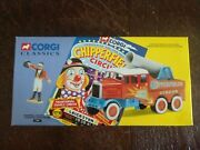 Corgi Chipperfields Circus Scammell Constructor Cannon And Ringmaster 17801