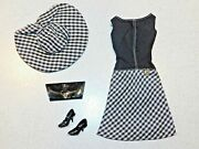 Barbie Vintage Complete Pretty As A Picture Outfit