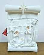 Led Light Up White Scroll Nativity From Ganz - Ex29508
