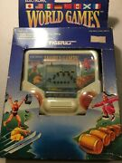 Vintage 1986 Tiger Electronic Game World Games New