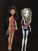 Monster High 1st Wave Doll Lagoona Blue And Dance The Fright Away Cleo De Nile