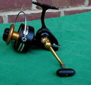 Penn Spin Fishing Reel 710 Z Very Good Made In The Usa