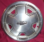 1982 83 84 85 86 87 88 14 Inch Chevy S-10 Hubcap - 3151