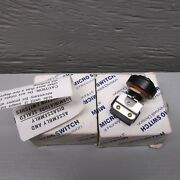 Micro-switch 1pb42 Push Button Switches Lot Of 2