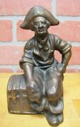 Old Pirate With Treasure Chest Cast Iron Doorstop Bookend Decorative Art Statue