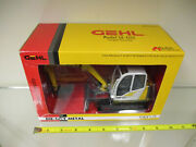Gehl Model Ge 602 Compact Excavator By Die-cast Promotions 1/25th Scale