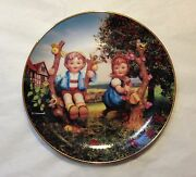 M.j. Hummel Plate - Apple Tree Boy And Girl From Little Companions Ltd Edition