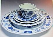Hutschenreuther Blue Onion 5 Piece Place Setting- Set Of 8-made In Germany