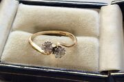 Stunning Ladies Early Vintage Solid 18 Carat Gold Two Stone Diamond Twist Ring