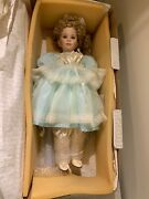 """25""""world Galery Doll Cora,collectibles Porcelain By Thelma Resh"""