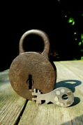 Antique Padlock With One Working Key Unique Collector Rare 25-01