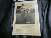 1946-1949 W603 Sports Exchange Stan Musial Signed 7 X 10 Very Rare Rookie Card