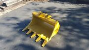 New 30 Heavy Duty Excavator Bucket For A Caterpillar 301.8c With Pins