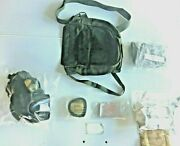 New Unissued M17a1/a2 Small Gas Mask Hood New Filter Carry Case And Access.