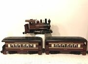 Lionel Large G Scale 5105 0-4-0 Locomotive W/ Passenger Coaches 6000 And 6001