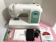 Singer Starlet 6660 Computerized Sewing Machine