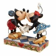 Disney Mickey And Minnie Mouse Kissing Figurine Showcase Collection