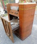 Vintage 1946 D-1645 Truetone Floor Model Pullout Record Player Radio Western Aut