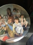 Annieandthe Orphans Limited Edition Plate 8.5 Annie Series Edwin M Knowles China
