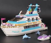 Lego Friends 41015 Dolphin Cruiser 100 Complete W/ Minifigs And Instructions