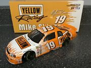 Mike Skinner 19 Yellow Freight 1999 1/24 Scale Nascar Busch Diecast