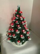 Vintage R And R Ceramics Christmas Tree With Red Birds Ornaments