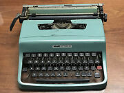 Vintage Olivetti Lettera 32 Green Manual Typewriter In Portable Case Working