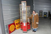 Large Unusual Vintage Beaver Gumball And Toy Coin-op Candy Vending Machine Sign
