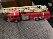 Vintage 1986 Hess Truck Toy Fire Truck Bank Original Box Rare Gold Grill'