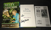 Betty White Signed Book Betty And Friends 1st Ed 1/1 Golden Girls New Rose Nyland