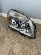 2010-2012 Mercedes Glk350 Right Headlight With Bulb - Used