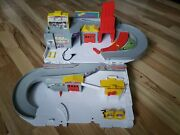 Hot Wheels Car Wash And Service Station Center Playset Mattel Great Condition