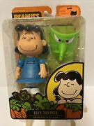 Its The Great Pumpkin Charlie Brown Lucy Van Pelt Figure With Witch Maskhat