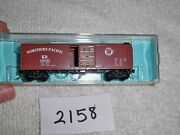N Scale Premiere Editions 2251b Northern Pacific 40' Boxcar Np 16033