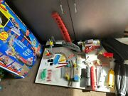 Vintage Hot Wheels Deluxe Train Set Battery Operated W Box Instructions